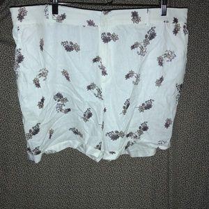 Capsule Linen/Viscose Shorts Size 18